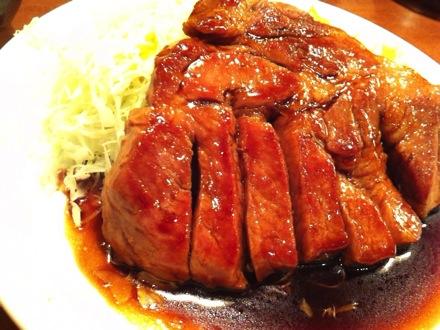大阪トンテキ 大阪駅前第3ビル店@梅田 コスパ良のボリューム豚ステーキ