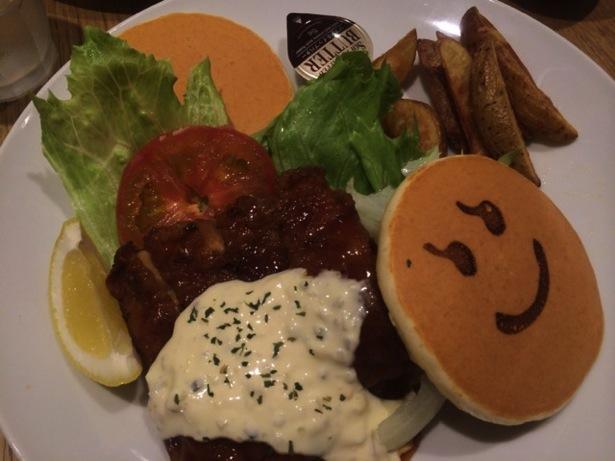 [C]ニコちゃんパンケーキで有名な天王寺のPancake Daysで初めて、おかず系パンケーキを食す!果たして美味しい!?