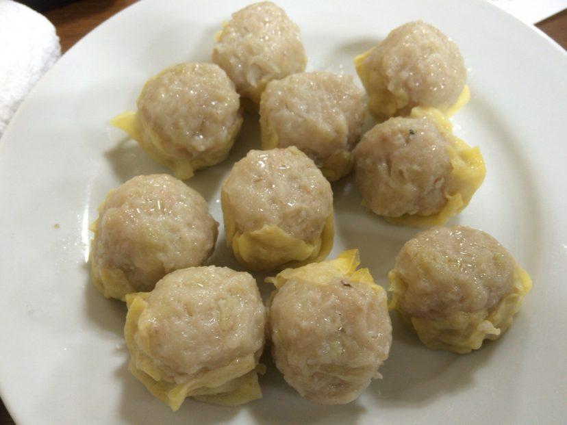 一芳亭@堺筋本町 卵の薄皮で包んだ絶品しゅうまいで行列ができるほど人気中華料理店